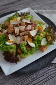 BC04-8-Caesar Salad with Chicken