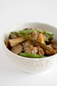 BC09-8 - Green Beans and Oyster Mushrooms in Garlic Oyster Sauce
