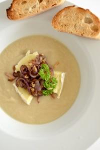 BC10-7 - Cauliflower garlic soup
